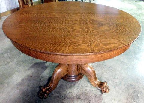 Smiths Antiques D Round Tiger Oak Table W Clawfeet - Claw foot oak dining table